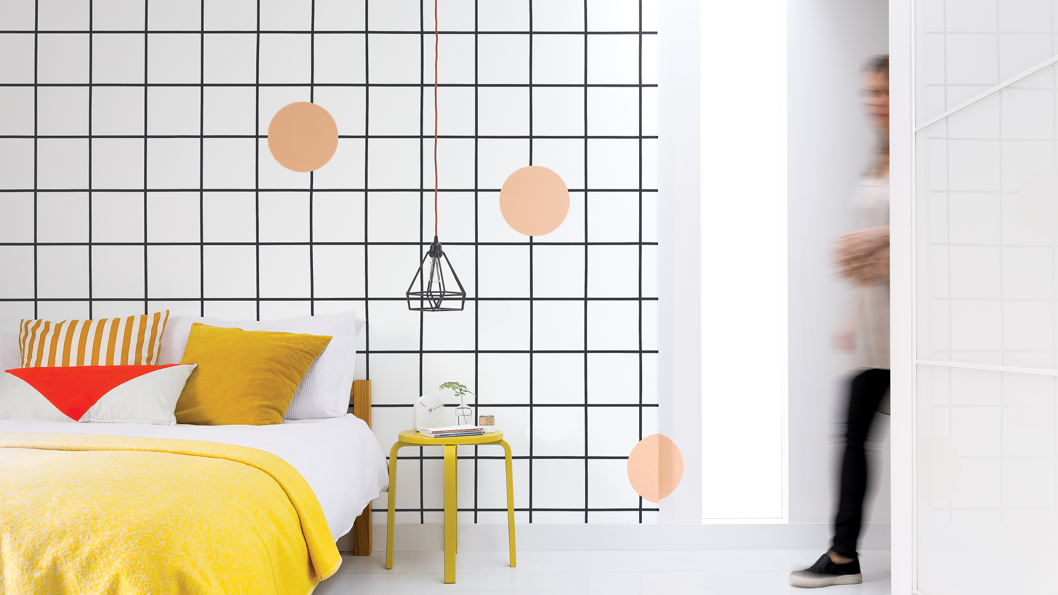 For a contemporary decorating idea with an edgy vibe, you can't go wrong with a monochrome grid.