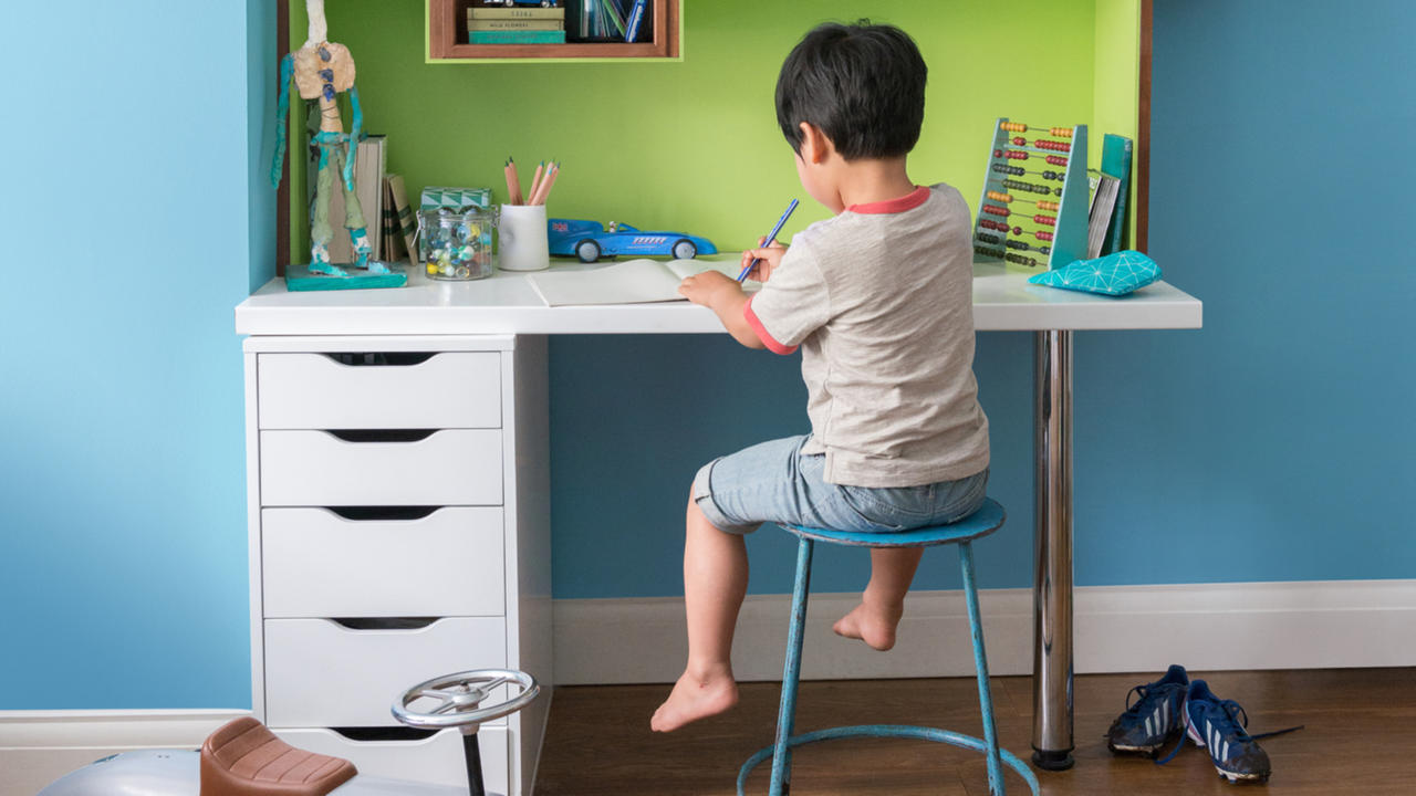 If you're worried that your little ones are feeling a bit stressed out following a big move, painting their room blue could give them that reassuring feeling